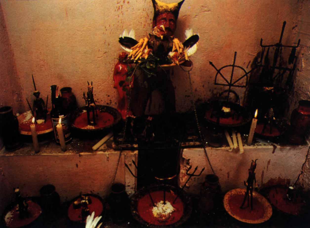 Домашние алтари в картинках - Страница 3 Altar